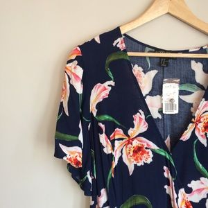 NWT Forever 21 Plus Tropical Wrap Dress